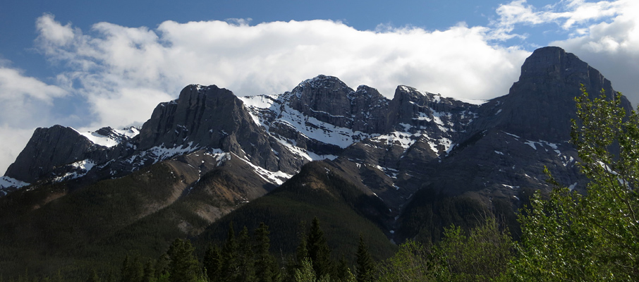 Mt. Lawrence Grassi (centre), with (L to R) Ship's Prow, Canmore Wall, Miner's Peak and Ha-Ling Peak
