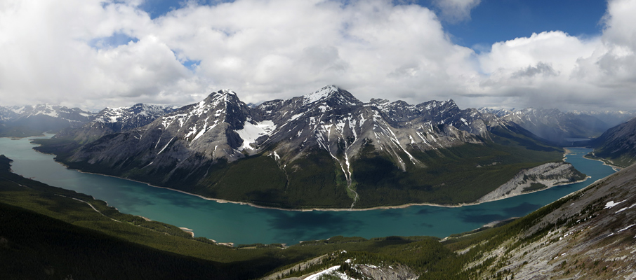 An impressive view of the Spray Lakes Reservoir