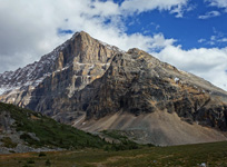 The impressive north face of Verdant Peak from Verdant Pass.