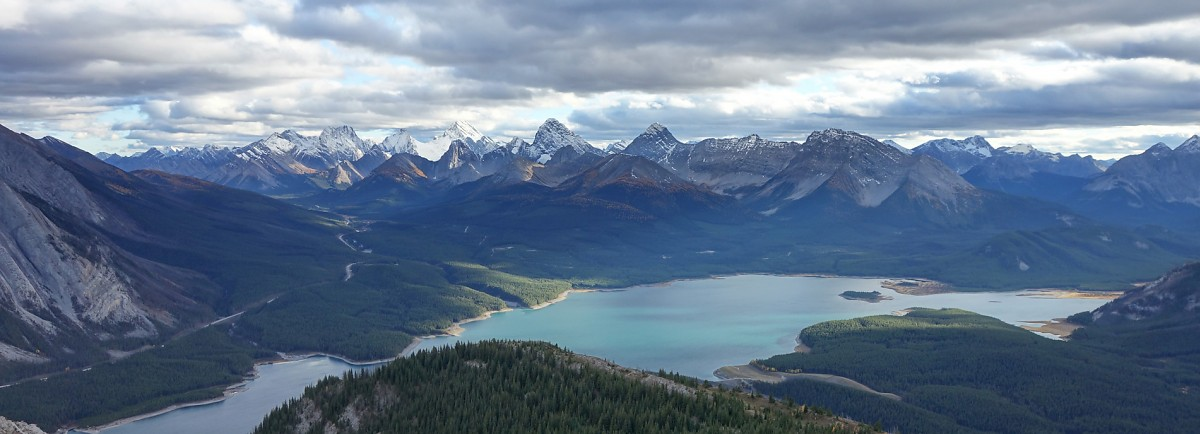 The gorgeous view of the Smith-Dorrien region and Spray Lakes from the ascent ridge on Mt. Nestor.